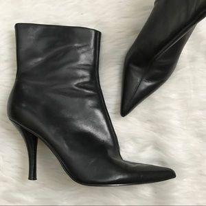 Nine West Black Heeled Ankle Bootie